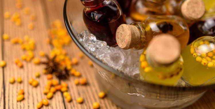 Настойка из брусники на водке: рецепты