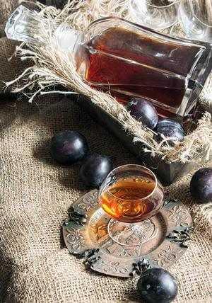 Настойка из сливы - вкусный, ароматный домашний алкоголь