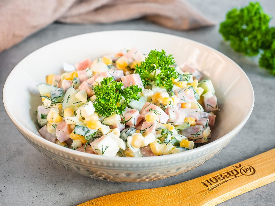Салаты с яичными блинчиками, салаты с омлетом 20 рецептов