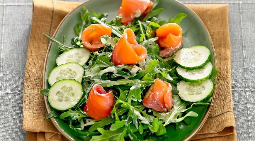 Салат с омлетом – 10 оригинальных вариантов