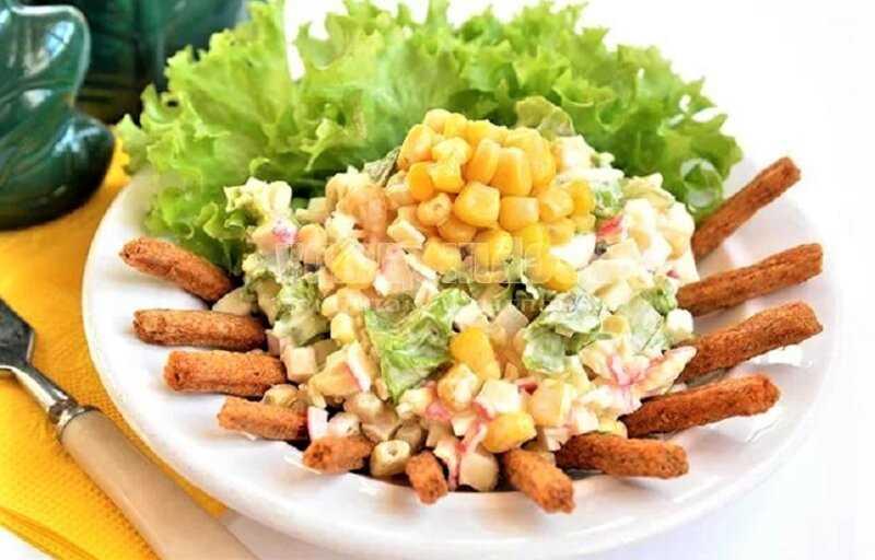 Салат с кириешками - 27 рецептов: салаты | foodini