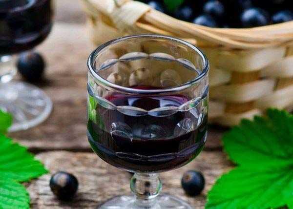 Ликер из черной смородины пошаговый рецепт