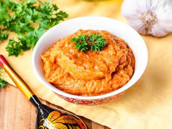 Икра кабачковая с болгарским перцем на зиму: топ 5 вкусных рецептов с фото