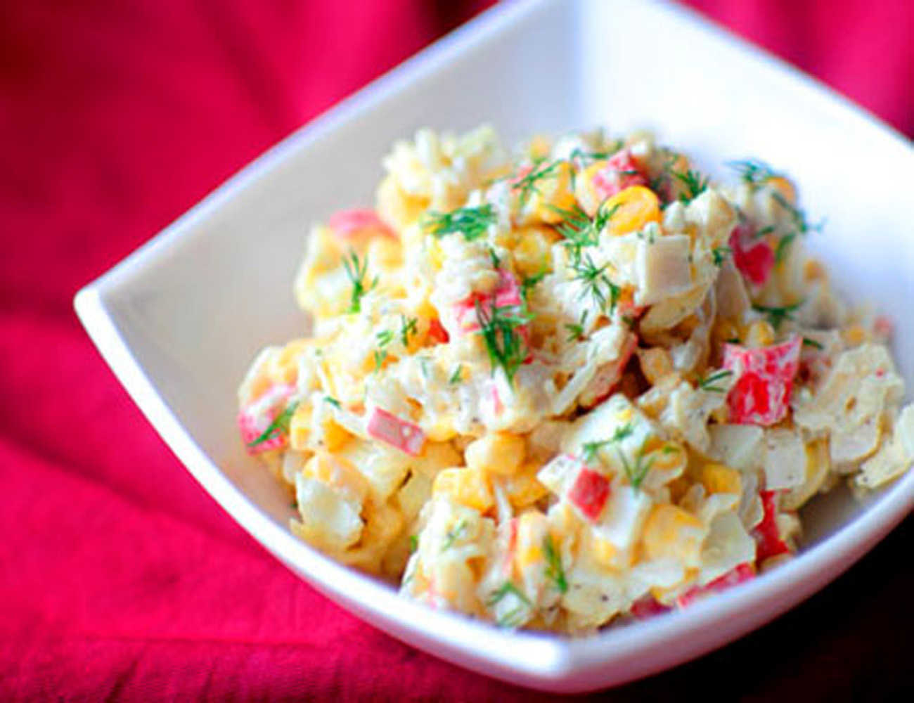Крабовый салат с кукурузой — очень вкусные классические рецепты