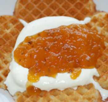 Как сохранить морошку на зиму свежую в сахаре в собственном соку без варки - скороспел