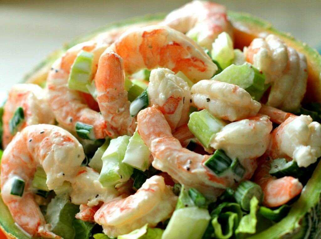 Рецепты салат из кальмаров и авокадо