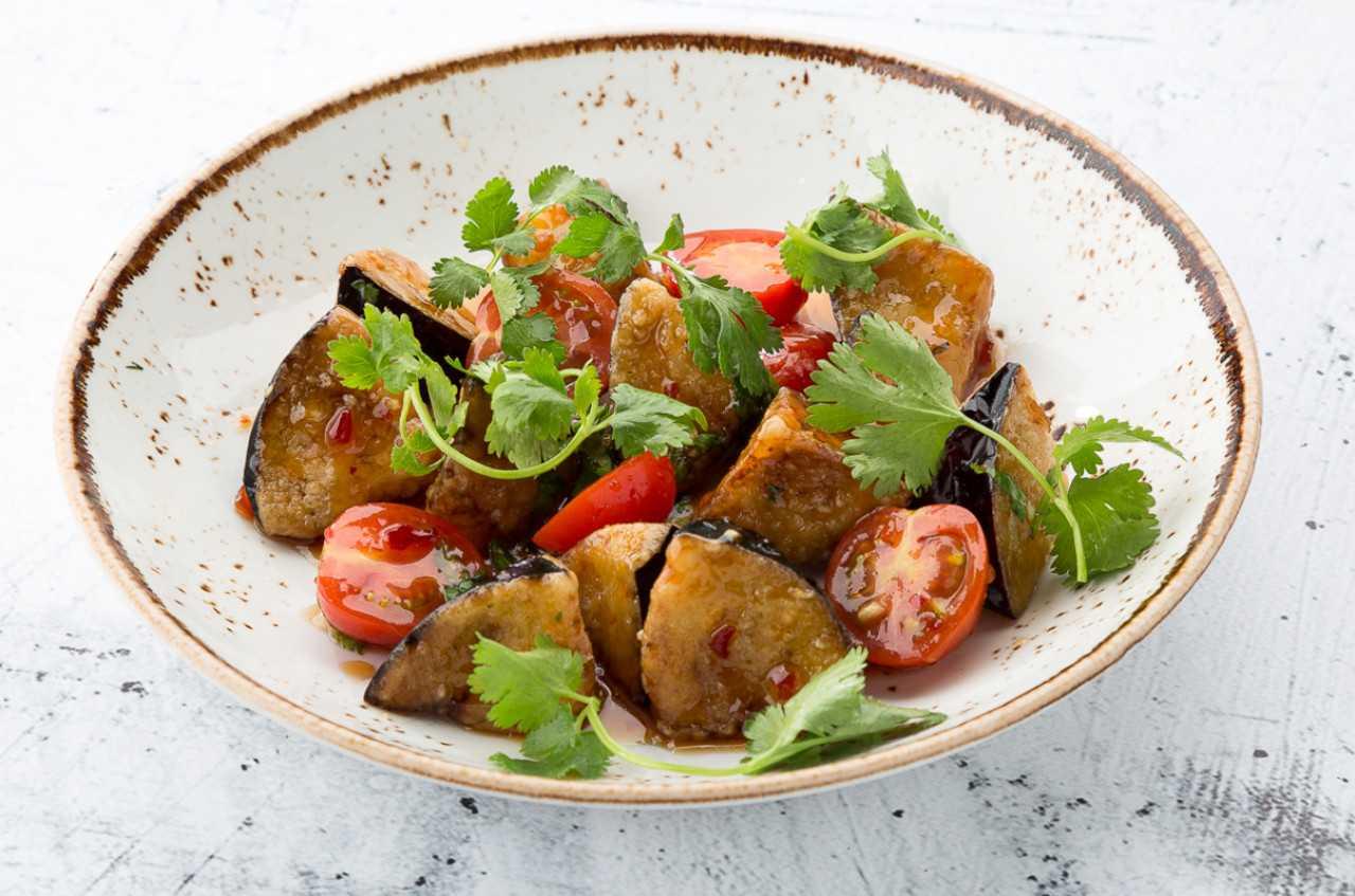 Салат из баклажанов заалюк рецепт с фото пошагово - 1000.menu