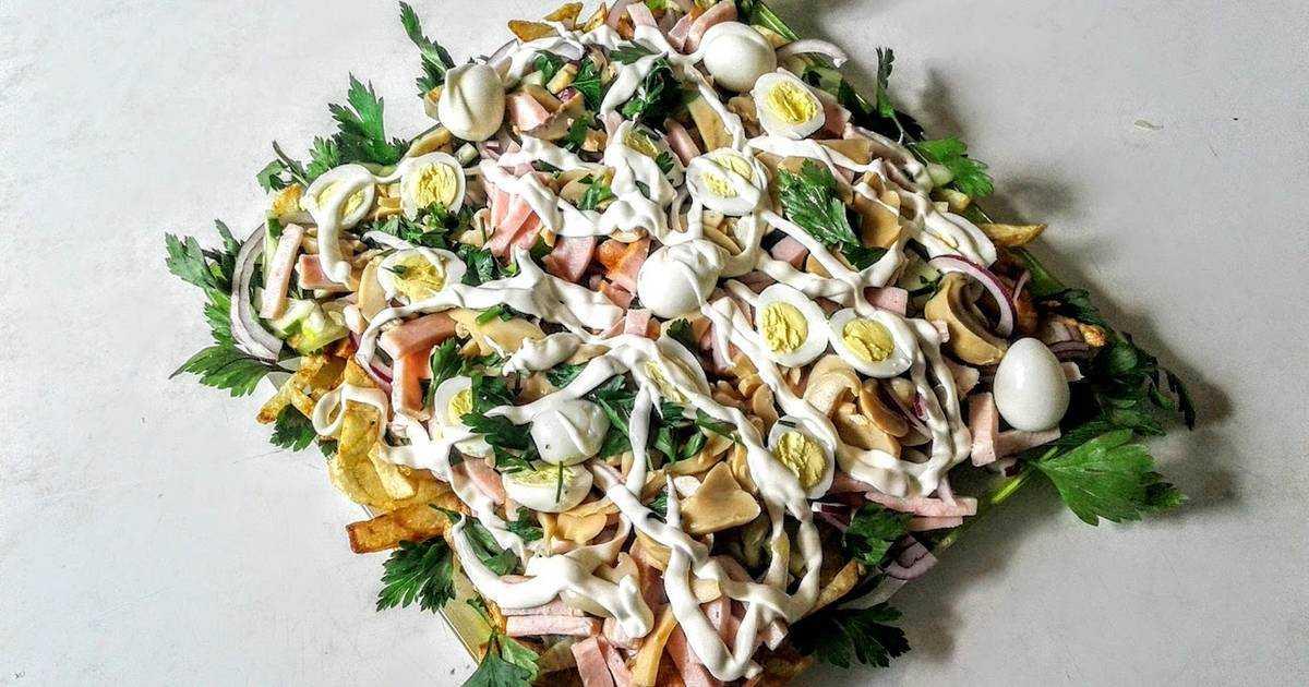 Салат людмила с ветчиной и грибами рецепт с фото - 1000.menu