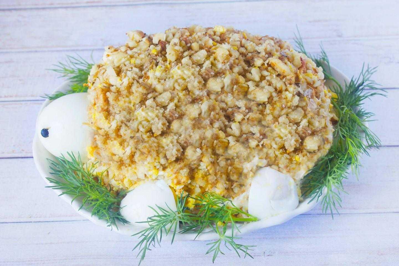 Салат с курицей и грецкими орехами зуб дракона рецепт с фото пошагово - 1000.menu