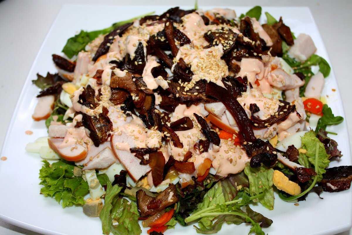 Салат с копченой курицей и сыром рецепт с фото пошагово - 1000.menu
