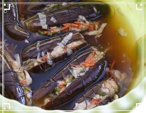 Баклажаны квашеные с морковью зеленью и чесноком на зиму: рецепт с фото и видео