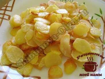 Жареная картошка с луком на сковороде: 7 лучших рецептов с фото