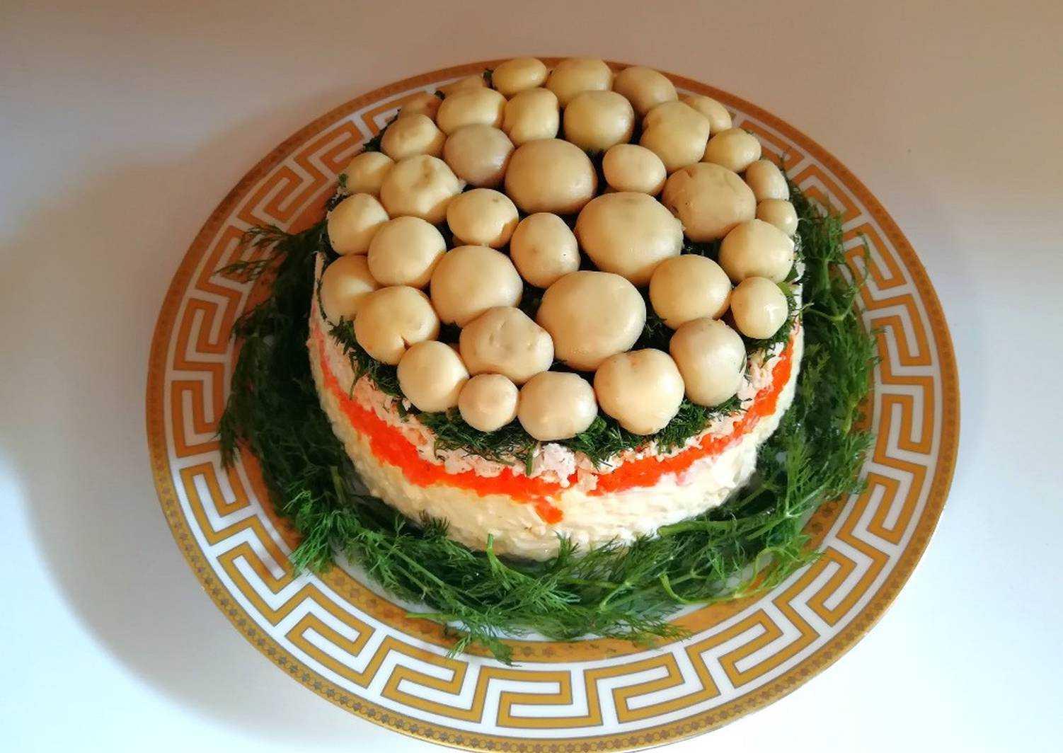 Салат с грибами: самые вкусные и простые рецепты грибного салата