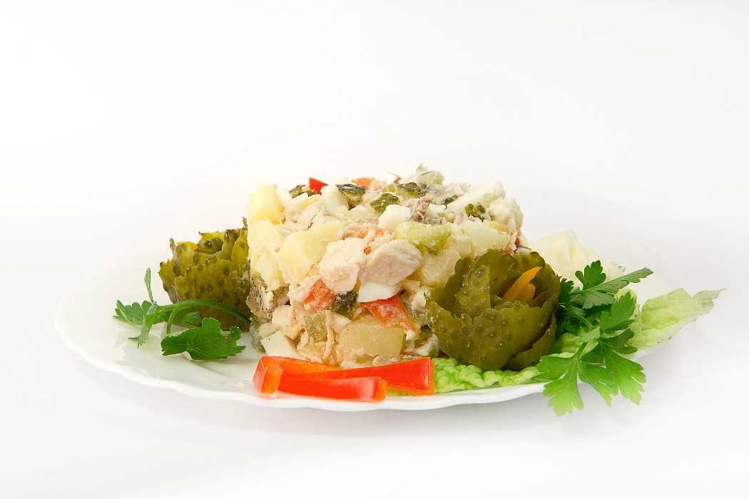 Салат с охотничьими колбасками - 8 рецептов с фото пошагово