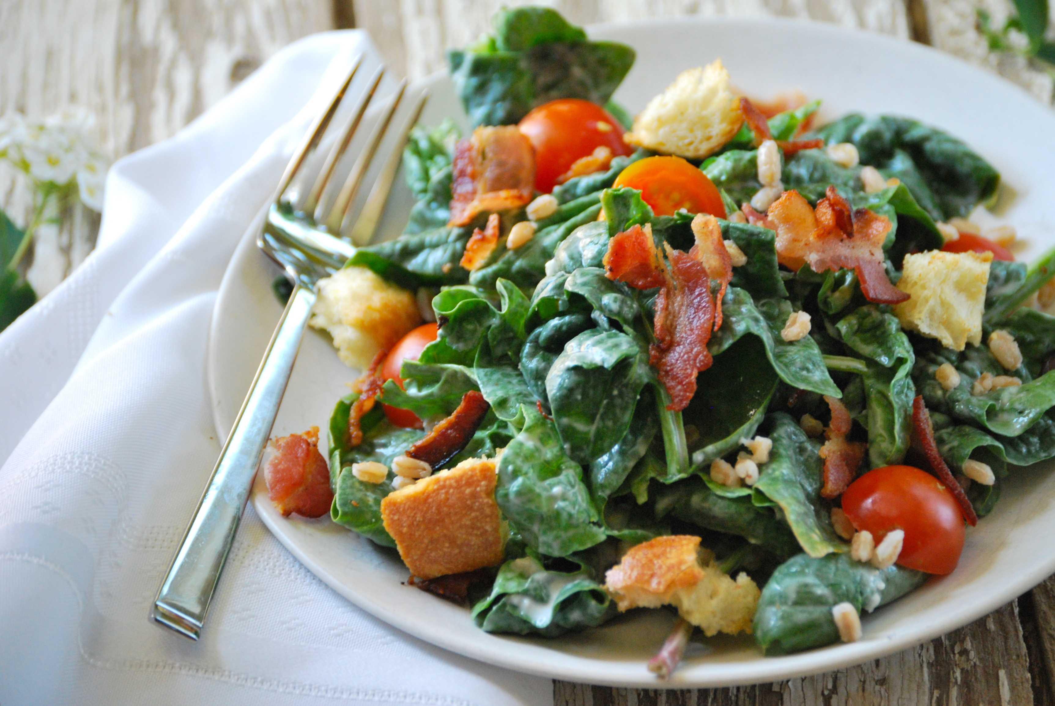 Яйца бенедикт со шпинатом и копченым лососем рецепт с фото - 1000.menu