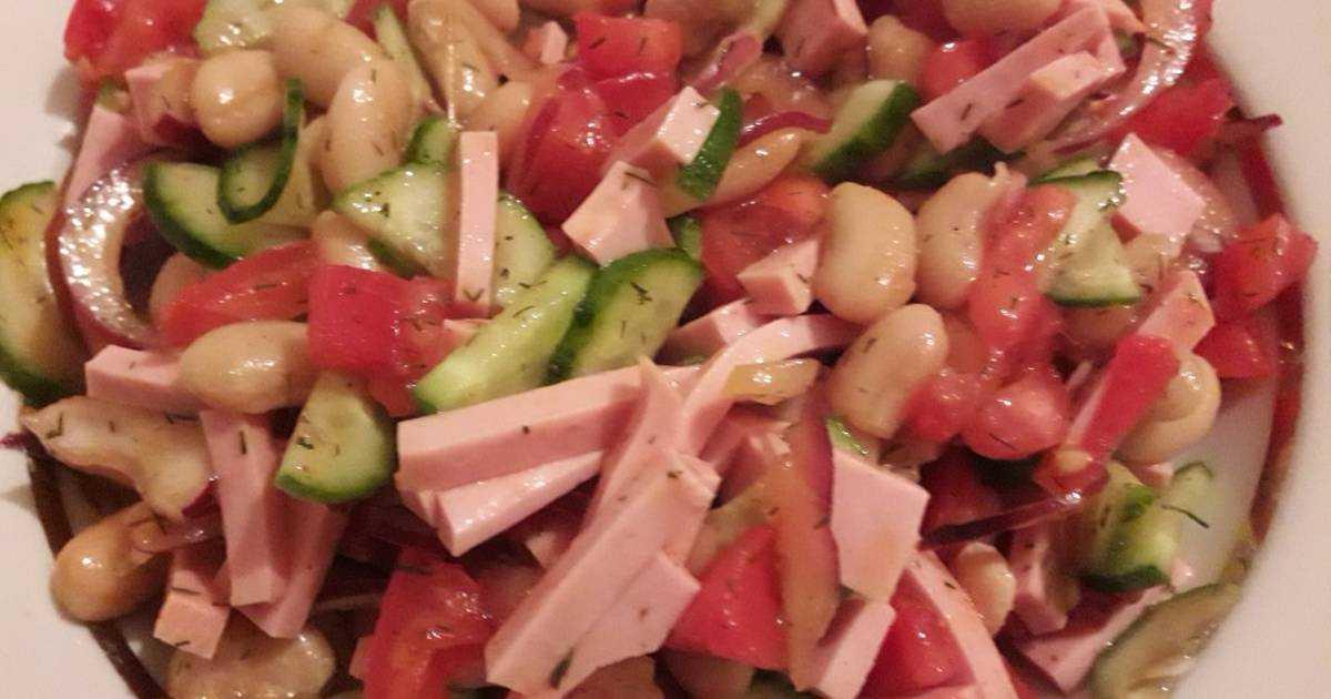 Салат с копченой колбасой и помидорами рецепт с фото пошагово - 1000.menu