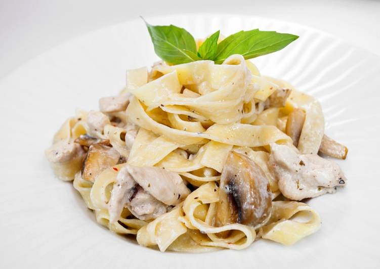 Паста фетучини с курицей в сливочном соусе рецепт с фото пошагово - 1000.menu