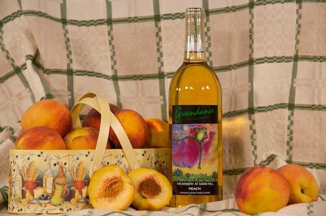 Готовим вино из персика в домашних условиях