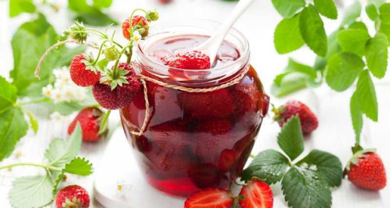 Варенье из клубники с целыми ягодами - густое и ароматное! 3 проверенных рецепта. | красивый дом и сад