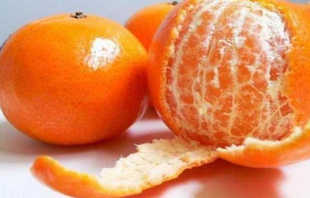 Домашняя настойка лимонная на самогоне. как правильно настоять на лимонных корках с мятой и имбирем по рецепту?