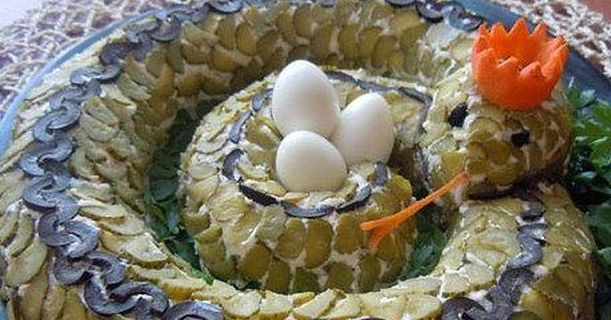 Салат змейка - главное украшение праздничного стола: рецепт с фото и видео