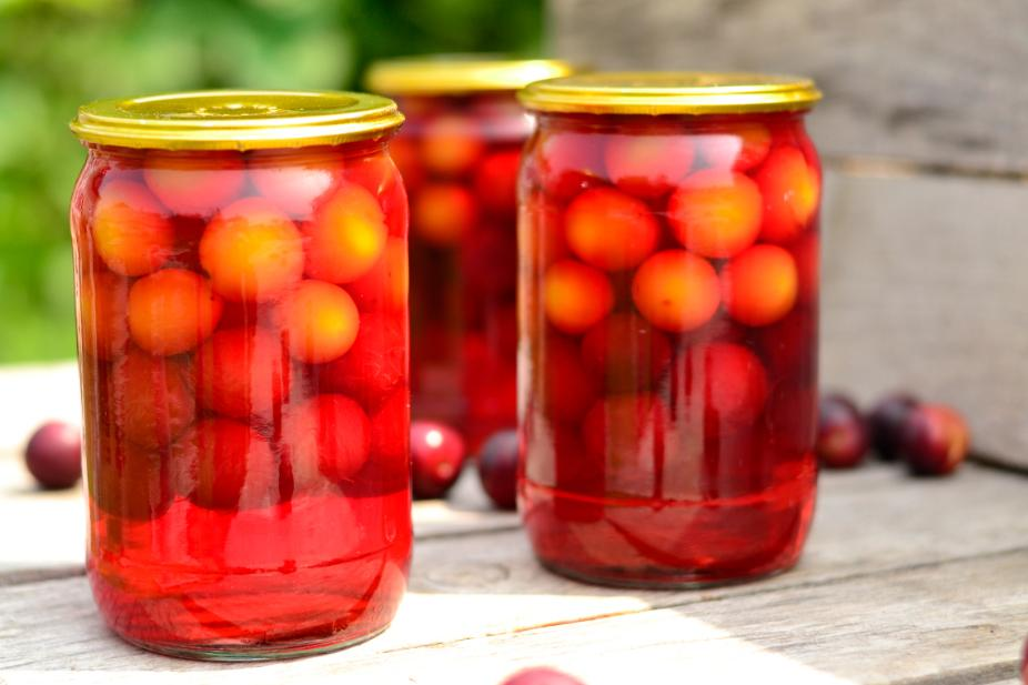 Компот изалычи назиму: рецепты сяблоком, грушей, персиком, виноградом, смородиной, иззамороженных плодов + отзывы