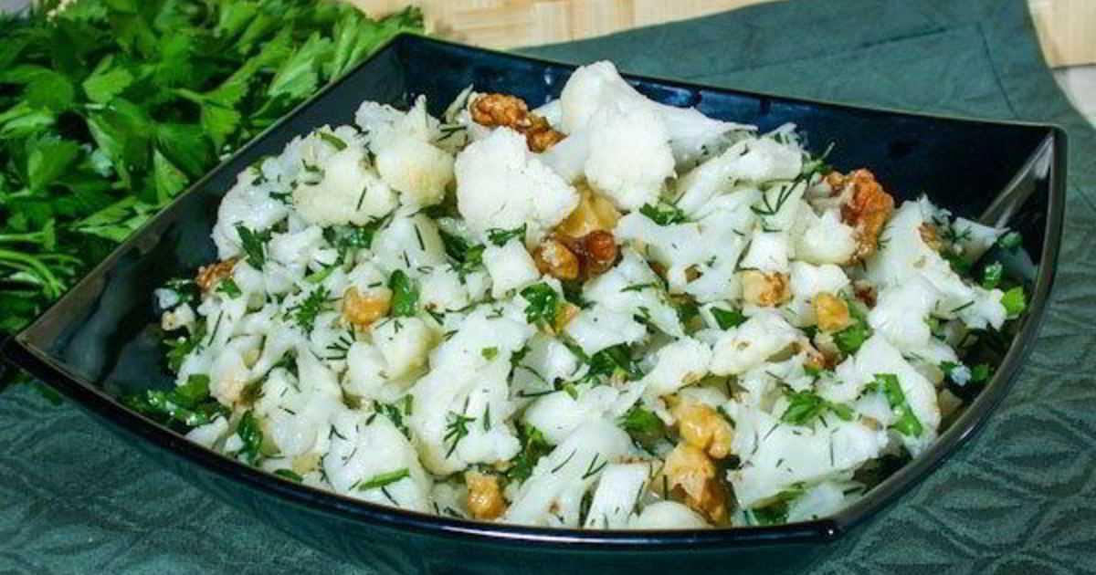 Салат из свежей капусты — очень вкусные и быстрые рецепты как в столовой