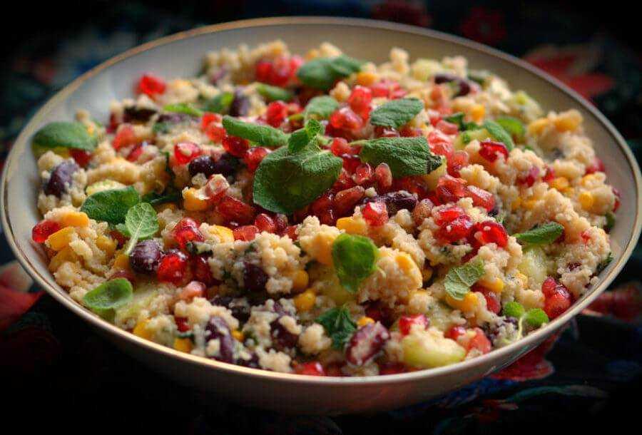 Простые и доступные рецепты сытных салатов с кускусом