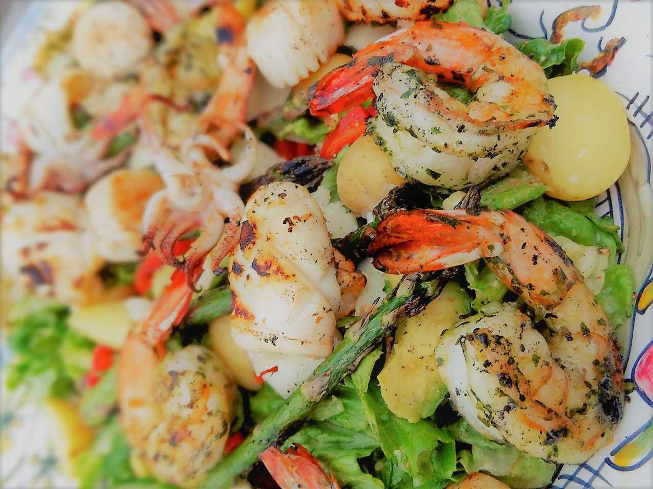 Салаты из морепродуктов на праздничный стол