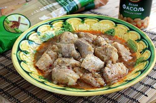 Свинина, запеченная в духовке: 20 быстрых и вкусных рецептов