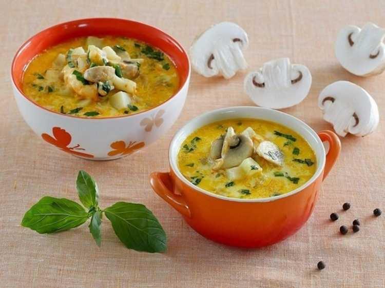 Суп с грибами и плавленным сыром