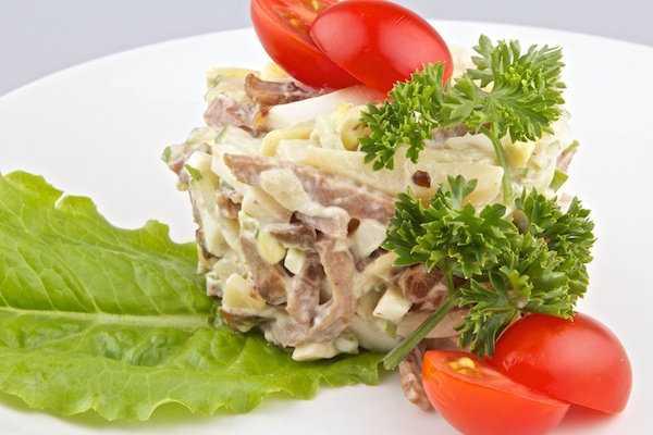 Салат фаворит рецепт с фото - лучшие кулинарные рецепты