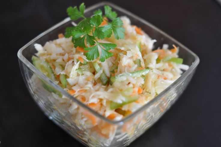 Готовим салат из кольраби: просто, вкусно и полезно