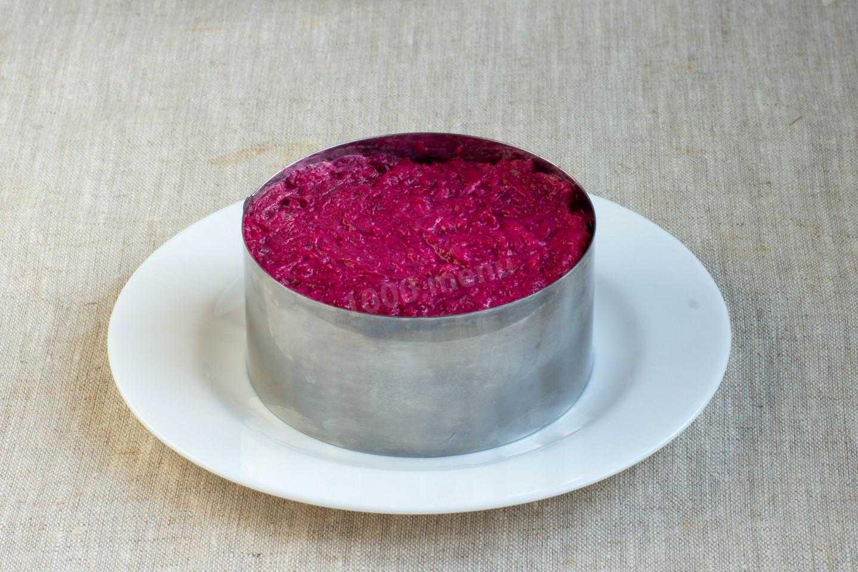 Новогодние салаты с морепродуктами 2021: новинки рецептов с фото пошагово (лучшее)