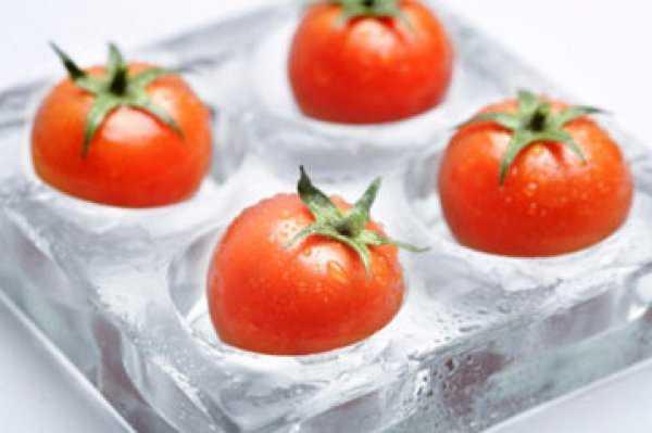 Как заморозить на зиму помидоры в морозилке: целиком, кубиками, пюре и кружочками