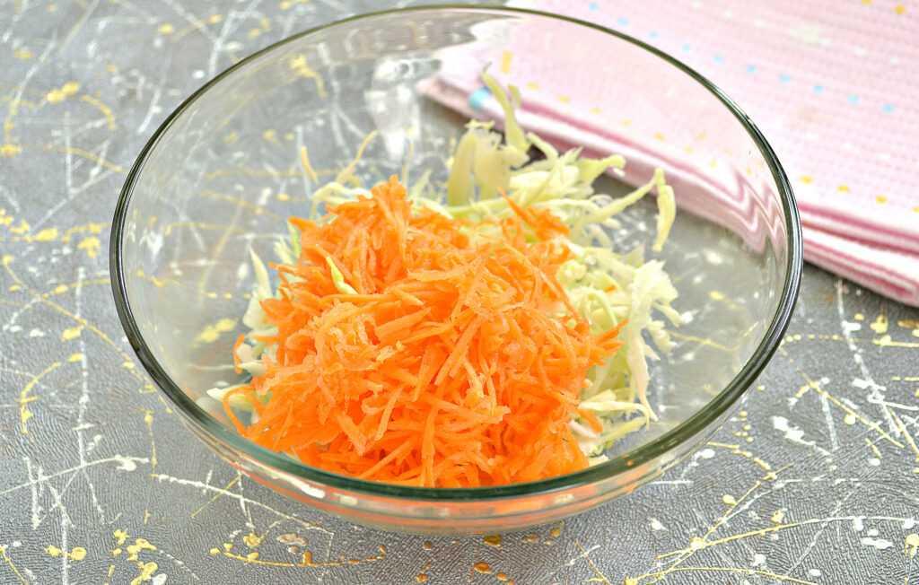 Салат с виноградом и капустой рецепт с фото