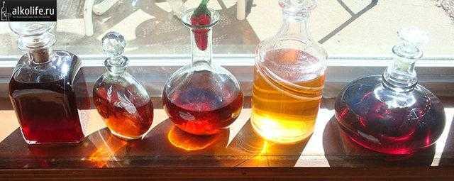 Сливовая водка: простой рецепт приготовления настойки из слив в домашних условиях, как приготовить наливку на самогоне, водке