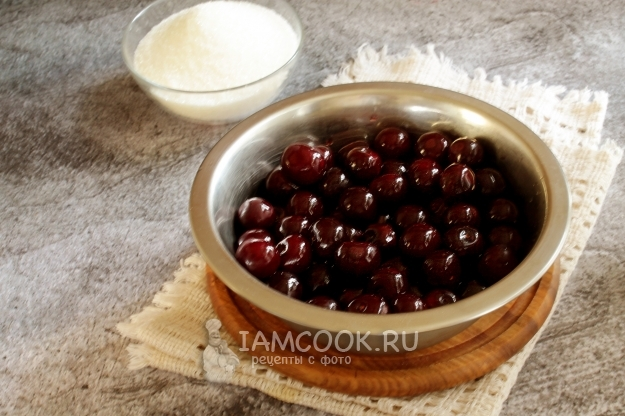 Варенье из клубники с целыми ягодами. 6 рецептов заготовки на зиму густого, прозрачного и вкусного клубничного варения
