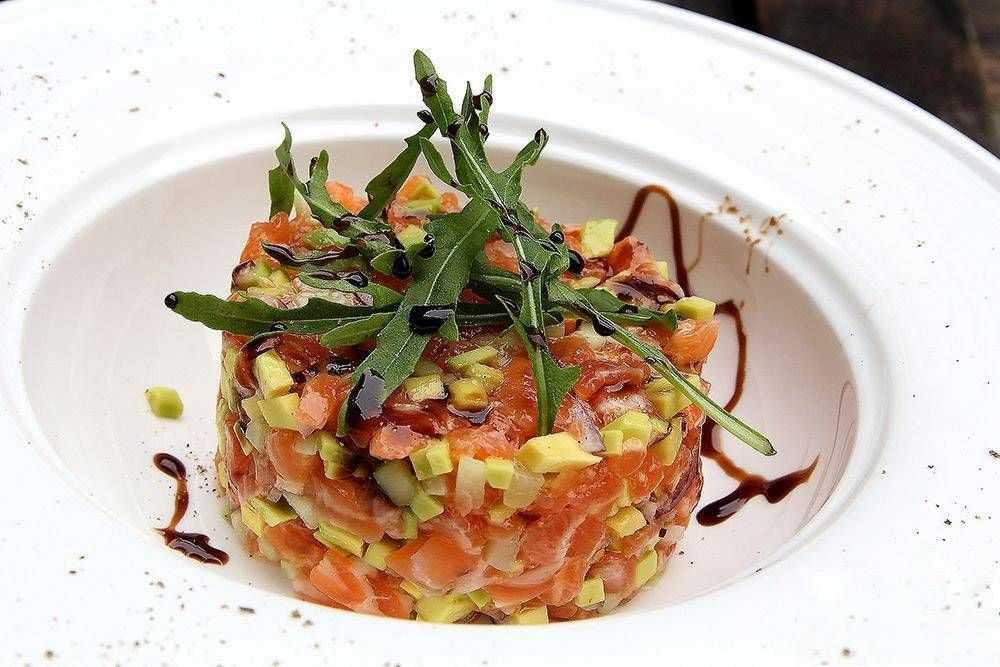 Тар тар из лосося и авокадо, из тунца, тонкости принотовления