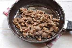 Маслята жареные с картошкой с луком и другие рецепты