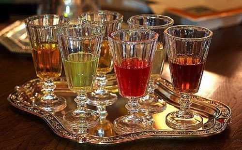 Как сделать вино из забродившего компота или варенья