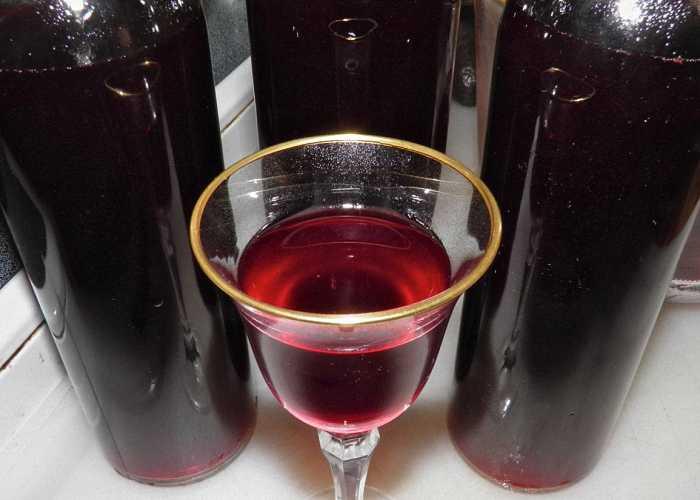 Как приготовить клюквенное домашнее вино
