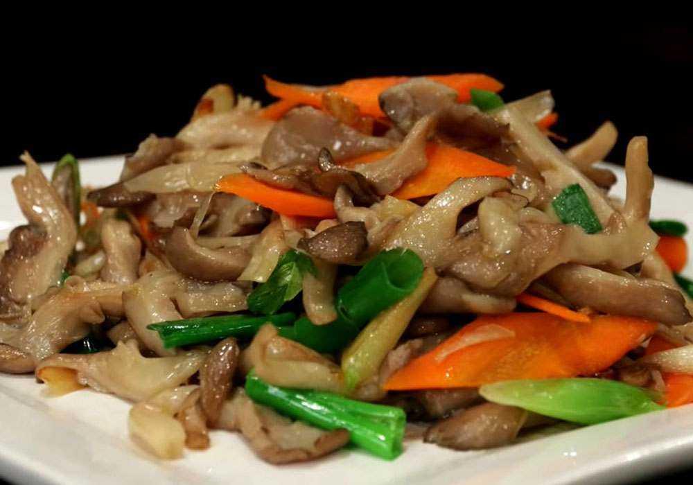 ✅ жареные вешенки с луком в сметане, как вкусно приготовить грибы, простой пошаговый рецепт приготовления с фото - tehnoyug.com