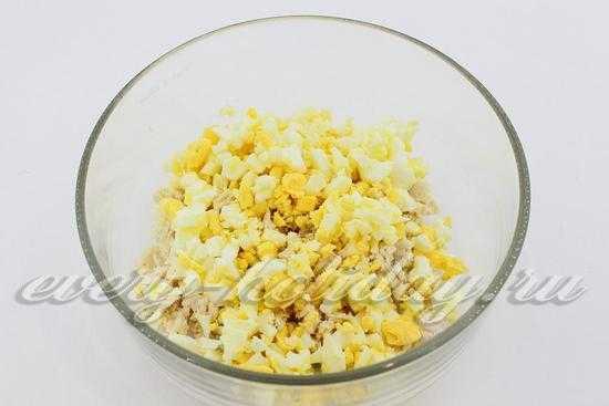Салат с курицей и луком снежные сугробы: рецепт с пошаговым фото