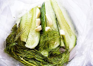 Малосольные огурцы: рецепты приготовления хрустящих огурцов
