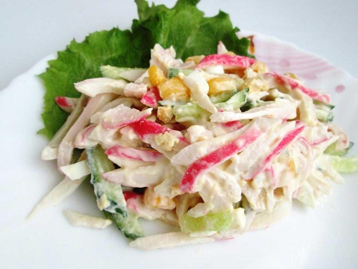 Салат креветки кальмары крабовые палочки рецепт с фото пошагово - 1000.menu