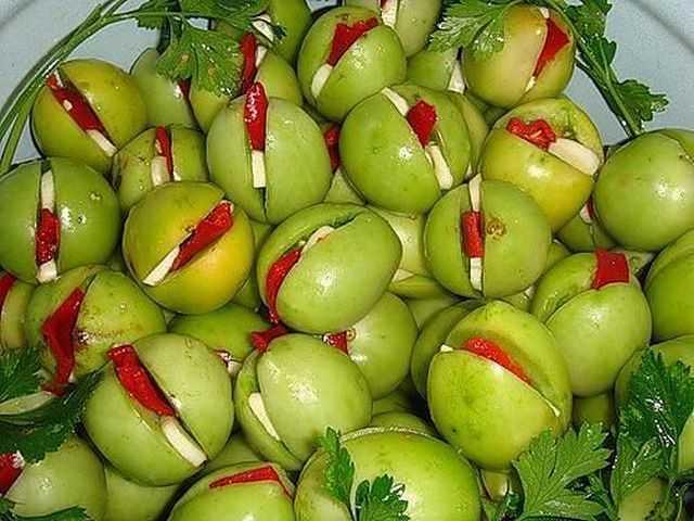 Зеленые маринованные помидоры на зиму - очень вкусные рецепты!