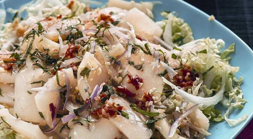 Салаты из кальмаров, 132 рецепта, фото-рецепты, страница 3 / готовим.ру