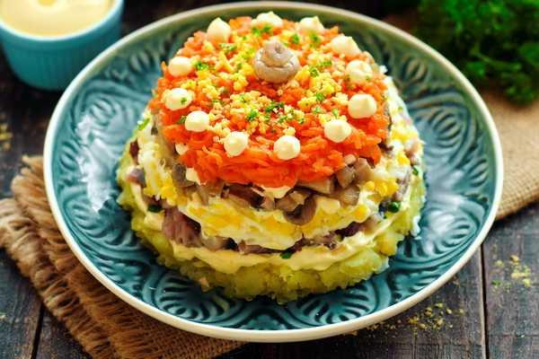 Салат царская шуба с семгой — 5 самых вкусных рецептов   народные знания от кравченко анатолия