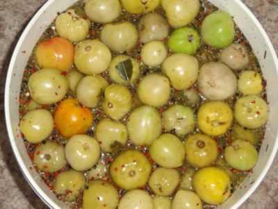 Как приготовить помидоры на зиму холодным способом?